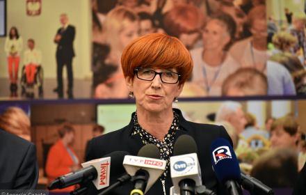 Polska potrzebuje milionów pracowników z zagranicy - rząd musi to ułatwić. Apel biznesu i NGO-sów