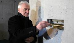 Jarosław Gowin wmurował kamień węgielny pod nowy budynek AGH. Choć ten już stoi