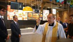 Święcenie restauracji McDonald's