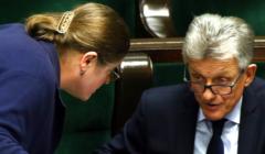 Krystyna Pawłowicz i Stanisław Piotrowicz w ławach poselskich