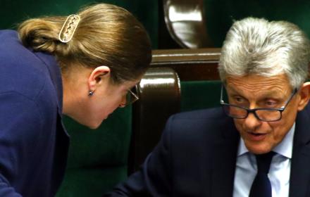 Tajny Kodeks Etyczny Sędziów TK dyskwalifikujący dla Pawłowicz i Piotrowicza. Publikujemy dokument