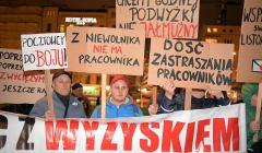 z22746915V,Protest-pocztowcow-przed-dworcem-Wroclaw-Glowny