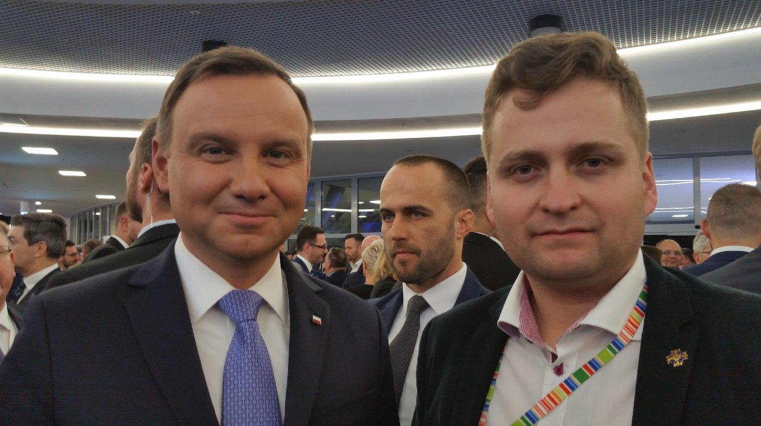 Olchowik na wspólnym zdjęciu z Prezydentem Andrzejem Dudą