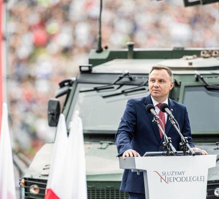 Chaos. Dezinformacja. Wojsko na ulicach. Czyli 100-lecie niepodległości Polski