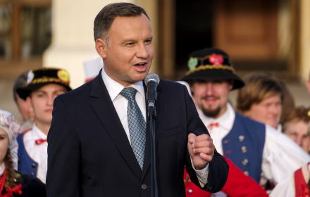 Niech nas zostawią w spokoju i pozwolą nam naprawić Polskę, bo to jest najważniejsze. Wierzę w to, że takie jest oczekiwanie większości obywateli w Polsce, zdecydowanej większości.