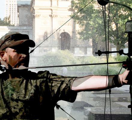 Polski Związek Łowiecki chce możliwości polowania z łukiem w miastach.