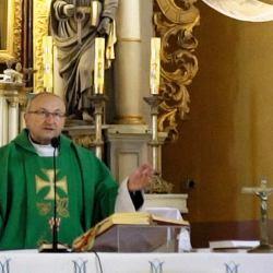 Ksiądz skazany za napaść seksualną jest proboszczem na Warmii. Kryło go trzech biskupów