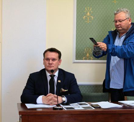 Sąd złapał Tarczyńskiego z PiS na kłamstwie. Ma zapłacić 20 tysięcy na WOŚP
