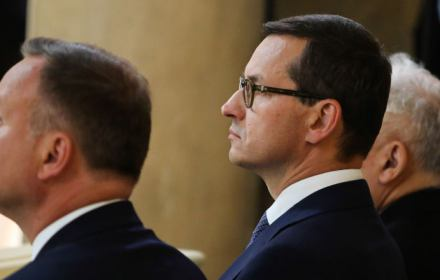 Polacy wg PiS: święci, wyklęci, nadęci. To był wyczerpujący rok notorycznych kłamstw o historii