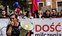 Marsz przeciw pedofilii w kosciele w Krakowie