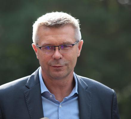 Przez niego Tarczyński musiał wpłacić na WOŚP. Bogdan Wenta wygrywa w Kielcach