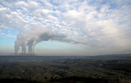 Sąd nad zabójcą klimatu. Prawnicy dla Ziemi pozywają PGE za emisje z Elektrowni Bełchatów