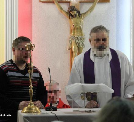 """Ksiądz pedofil nocował z dziećmi pod jednym dachem. """"Na polecenie biskupa Dziuby"""""""