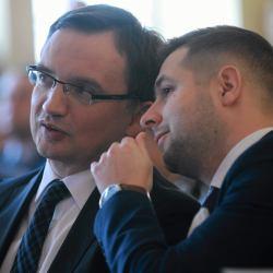 Cicha śmierć głośnej nowelizacji ustawy o IPN. Polskę wpakowali w to Ziobro i Jaki