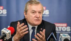 Minister Piotr Glinski na konferencji prasowej u kandydata na prezydenta Bydgoszczy Tomasza Latosa .