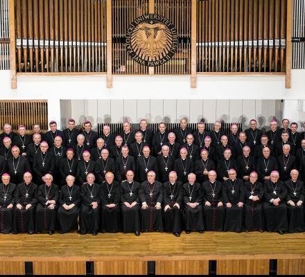 Biskupi na święta: aborcja, zła Unia i prześladowani księża. O ofiarach pedofilów – nic