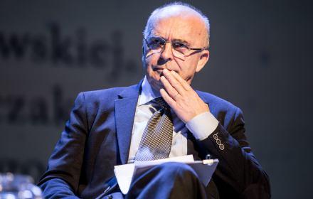 Prof. Wyrzykowski: Nie bądź obojętny. Widmo państwa autorytarnego stoi u drzwi Twojego domu