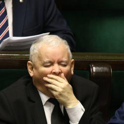 Zaremba o Kaczyńskim: charyzma utkana z potęgi myśli. Kronika Skórzyńskiego (14-27 stycznia 2017)