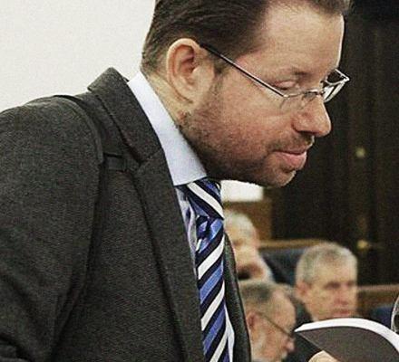 Ekspert prawny PiS z zakazem nauczania. Za splagiatowanie magisterki swojej studentki