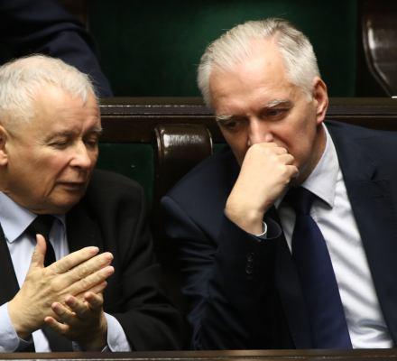 """Intelektualiści z prawicy do Kaczyńskiego: """"Gowin zniszczy humanistykę"""". O co chodzi?"""