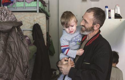 Refugee.pl kończy działalność. Organizacje pozarządowe wykrwawiają się przez pisowską blokadę funduszy