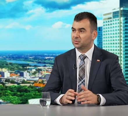 Spychalski: To Schetyna narzuca temat LGBT+. OKO.press: Schetyna? Grzegorz Schetyna?!