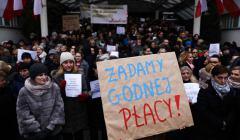 z24278455IH,Protest-pracownikow-administracyjnych-sadu--Krakow