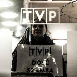 Protest pod siedzibą