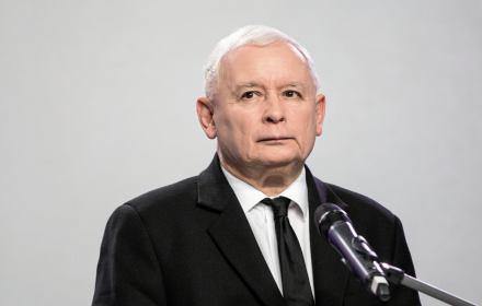 Chciałem zrobić coś bardzo pożytecznego zpunktu widzenia nie tylko mojego obozu politycznego, ale po prostu Polski. Nieco zrównoważyć sytuację na rynku idei. Chodzi mi konkretnie ofundację Batorego, bardzo, ale to bardzo lewicową