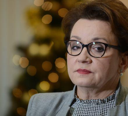 Polki i Polacy nie pogodzili się z reformą Zalewskiej. Mówią, że szkodzi szkole [SONDAŻE]