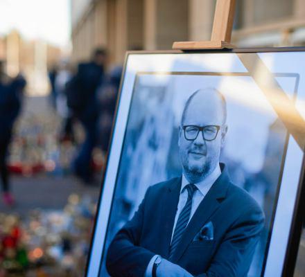 Zabójstwo prezydenta Adamowicza spełnia definicję aktu terroryzmu