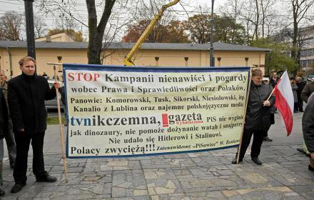 PiS: Adamowicza zabił chory bandyta, a nie polityka. Gdy w 2010 roku zginął członek PiS mówili inaczej