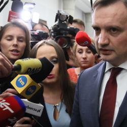 Ludzie Ziobry: ścigają niezależnych sędziów i szybko awansują do sądu w stolicy
