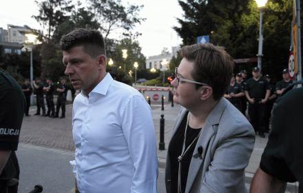 Sąd: Policja inwigilowała Petru dla jego dobra