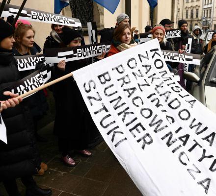 Pierwszy sukces protestujących: Nie będzie łączenia Bunkra Sztuki z muzeum. Prezydent Krakowa robi krok w tył