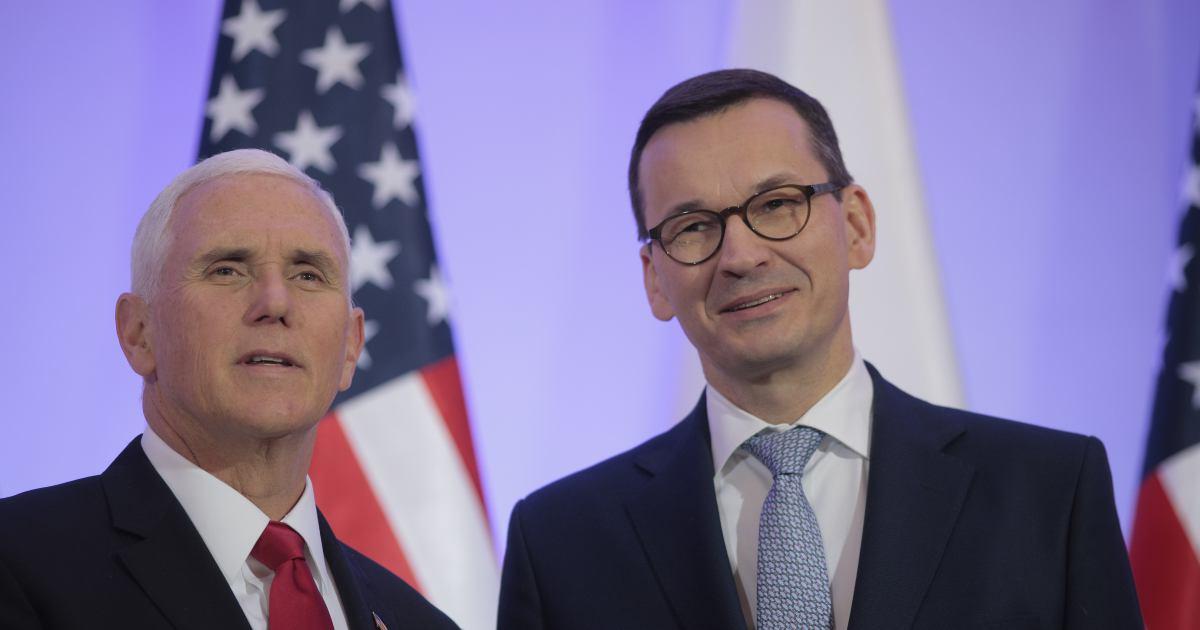 Mike Pence i Mateusz Morawiecki