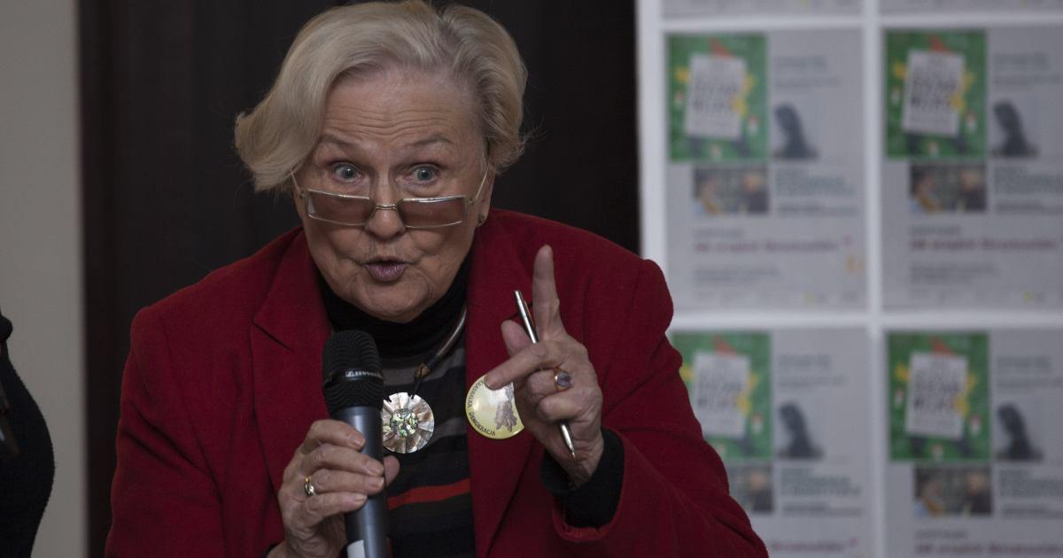 """prof. Ewa Łętowska, Spotkanie poswiecone ksiazce """" Jak urzadzic skrzatowisko """" we Wroclawiu"""