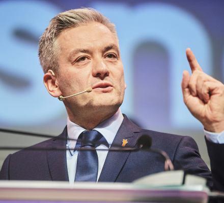 Biedroń chce do Koalicji. Koniec marzeń o lewicowym bloku, ale rosną szanse na pokonanie PiS