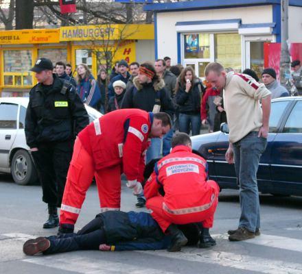 Setki osób giną na pasach, bo wg rządu pierwszeństwo dla pieszych to nie jest polska tradycja
