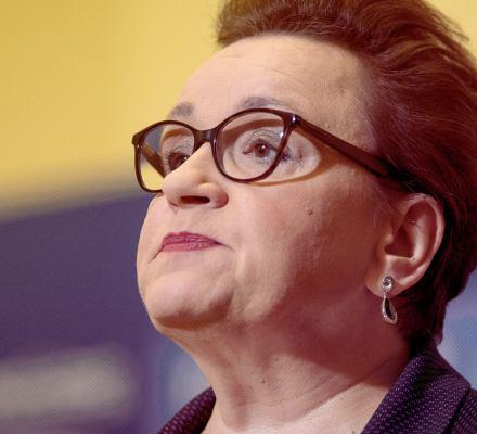 Zalewska chce rozbroić strajk nauczycieli: