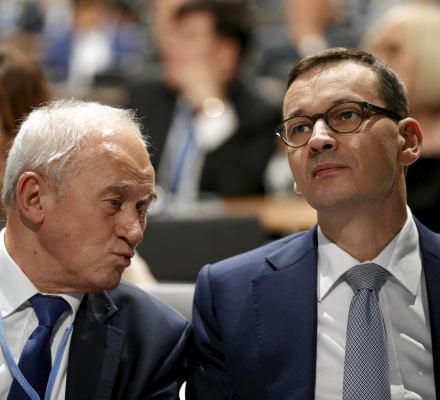 """Nowy model energetyki to szansa dla Polski. A minister Tchórzewski? """"Nie był zainteresowany"""""""