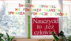 Protest krakowskich nauczycieli w szkole Nr 2