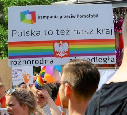 Rodzice osób LGBTQ do Kaczyńskiego: Nasze dzieci nie są zagrożeniem, to one są zagrożone