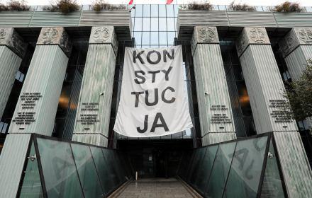 Apel krakowskich sędziów do PiS: Walczcie w wirusem, ale zgodnie z Konstytucją