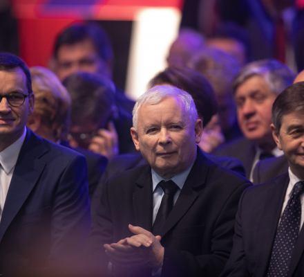 PiS obiecuje, samorządy zapłacą. Obniżka PIT to dla gmin mniej środków na podstawowe usługi