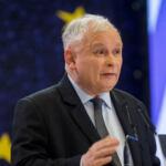 Jarosław Kaczyński przemawia podczas konwencji wyborczej