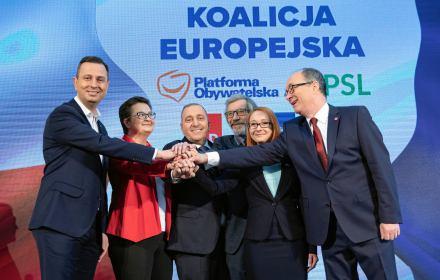 PiS: KE to koalicja strachu. Sondaże: wyborców łączy więcej. Odważniejsi od własnych liderów