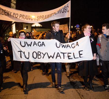 Sąd oddalił zażalenie policji w sprawie 44 protestujących. Obywatele wygrywają kolejny raz