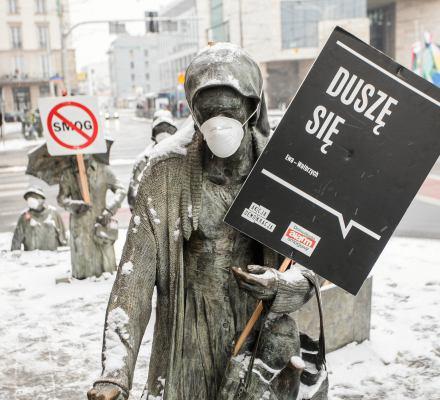 Rzeczpospolita smogowa. Polskie miasta w czołówce najbardziej zanieczyszczonych [RAPORT]