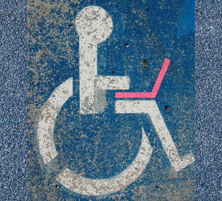 """""""W końcu nie jestem na bocznym torze"""". Osoby z niepełnosprawnością mogą pracować i być niezależne [Raport]"""